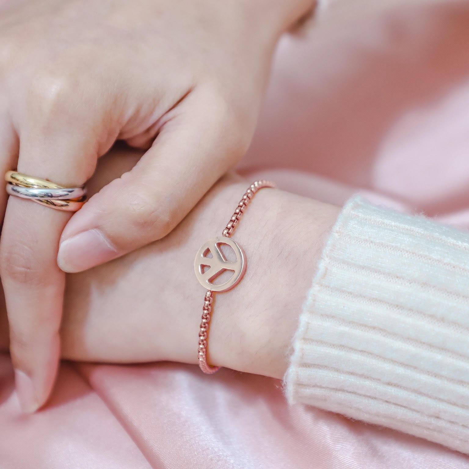 กำไลข้อมือผู้หญิง Love Peace